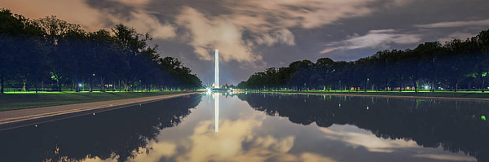 Washington Monument by Ray Devlin