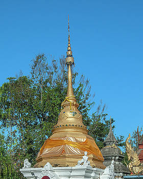 Wat Buppharam Phra That Chedi Pinnacle DTHCM1585 by Gerry Gantt