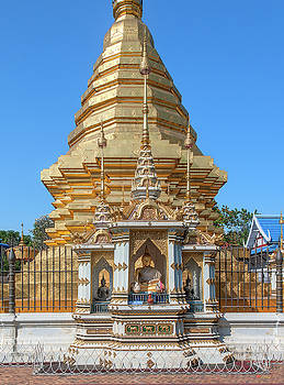 Wat Chomphu Phra That Chedi Buddha Shrine DTHCM1219 by Gerry Gantt