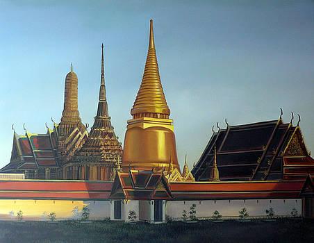Wat Pra Keaw by Chonkhet Phanwichien