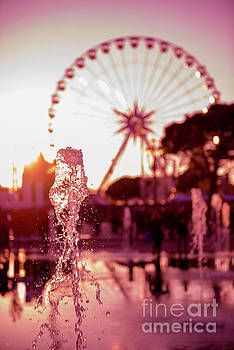 Water Fountain and Ferris wheel by Mats Silvan