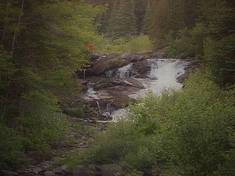 Waterfali Mainel  by Scott Welton