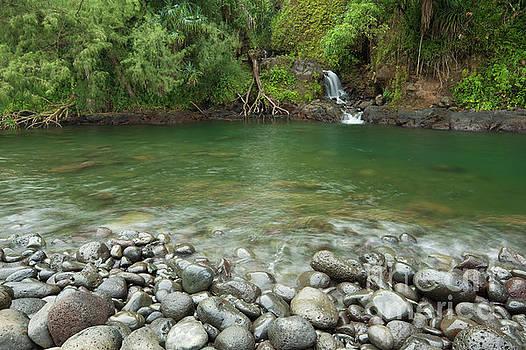Charmian Vistaunet - Waterfall at Kolekole Beach Park