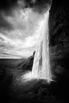 Waterfall in Iceland black and white by Matthias Hauser