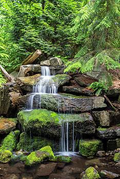 Ross G Strachan - Waterfall