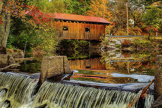 Waterloo covered bridge in autumn by Jeff Folger