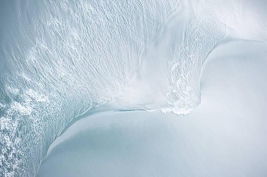 Wave 1 by Zina Zinchik