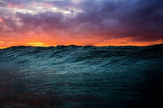 Wave Burst 2 by Ryan Moore