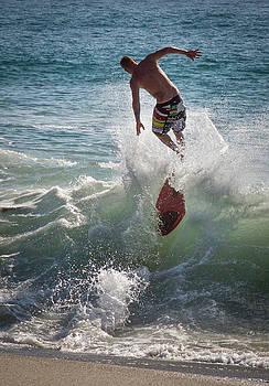 Wave Skimmer by Jim Gillen