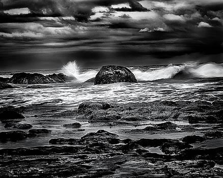 Denise Dube - Waves At Dawn