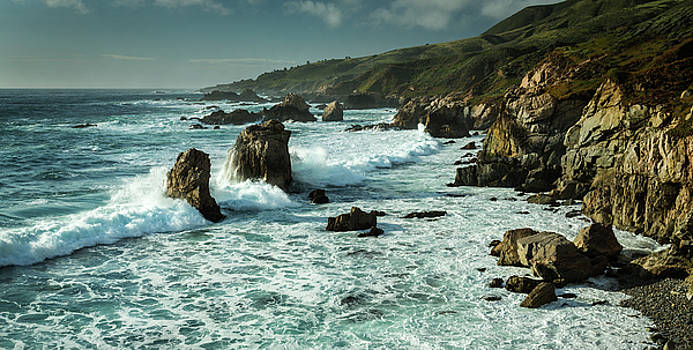Rick Strobaugh - Waves Hitting the Rocks