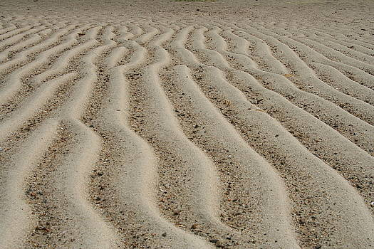 Waves of Sand by Wendy Munandi