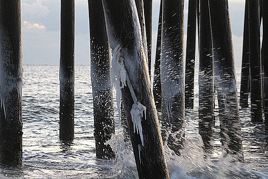 Waves Splashing Icicles by Robert Banach
