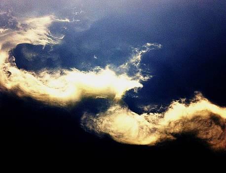 Wavy Mist  by Daniele Smith