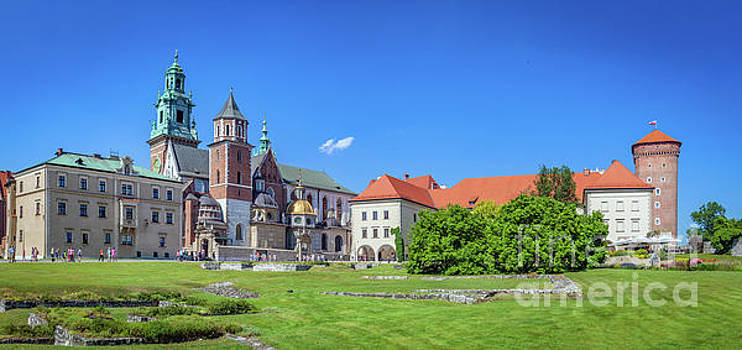 Michal Bednarek - Wawel, royal castle and cathedral in Cracow, Poland
