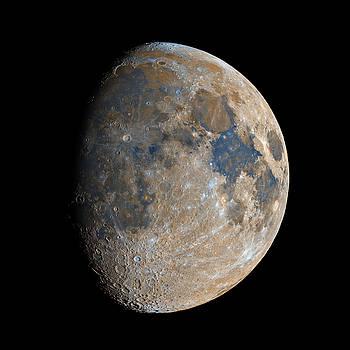 Waxing Gibbous Moon / Day 11 by Bartosz Wojczynski