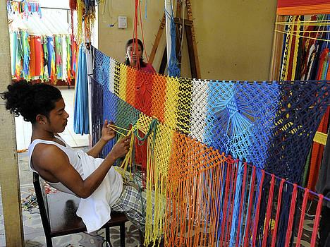 Rosa Diaz - Weaving Hammocks