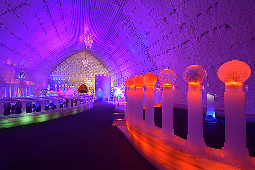 Reimar Gaertner - Wedding Chapel and ice bar at the Aurora Ice Museum Chena Hot Sp