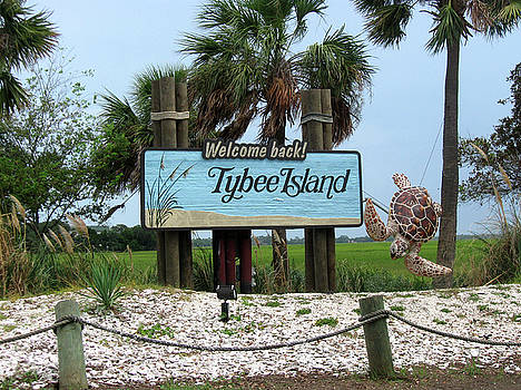 Welcome to Tybee Island by Juliana  Blessington