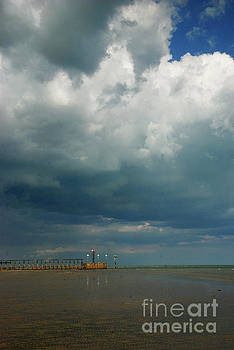 West Beach, Littlehampton by Richard Gibb
