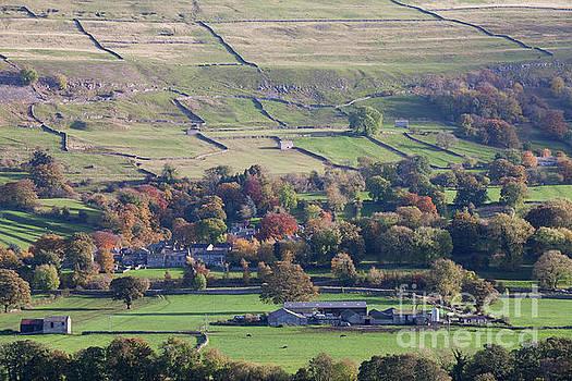 West Burton in Bishopdale by Gavin Dronfield