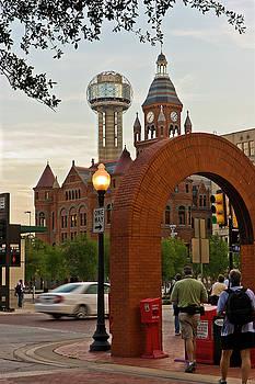 West End Arch by Jennifer Zandstra