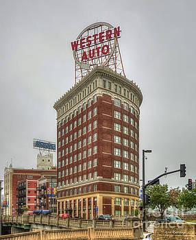 Reid Callaway - Western Auto Lofts Building Kansas City Architecture Art