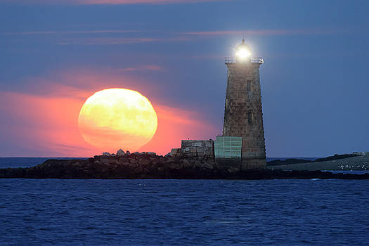 Whaleback Lighthouse Moonrise by Robbie George