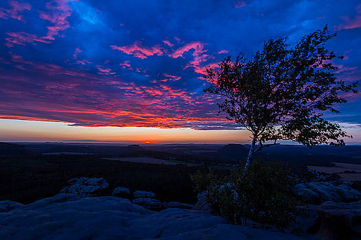 When The Sun Goes Down by Andreas Levi