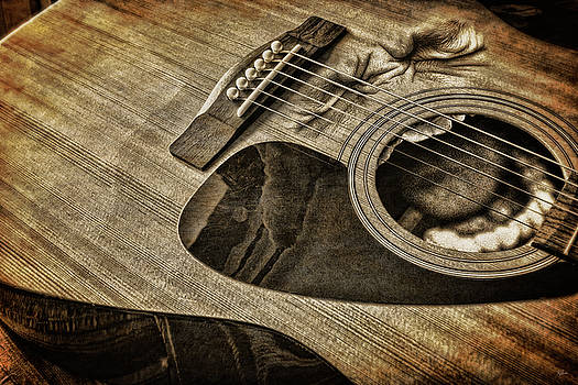 While My Guitar Not So Gently Weeps by Glen Klein