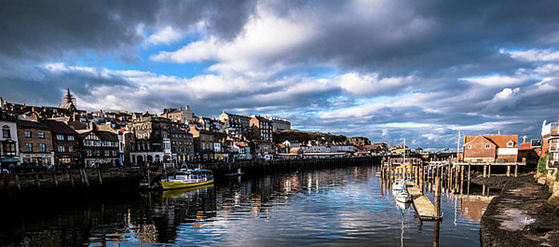 Whitby Harbour from swing bridge by Peter Jenkins