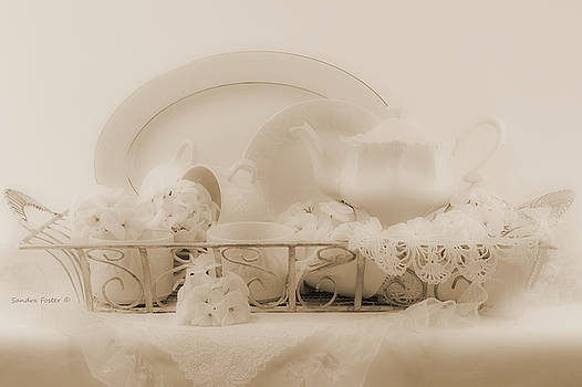 Sandra Foster - White Geraniums Still Life