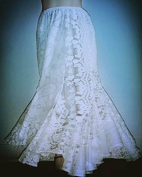 Sofia Metal Queen - White lace patchwork skirt. Ameynra design 368