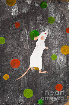 White mouse by Stefanie Forck