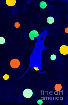 White mouse uv by Stefanie Forck