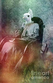 White peacock by Angel Ciesniarska