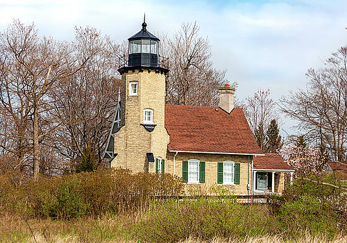 White River Lighthouse by Fran Riley