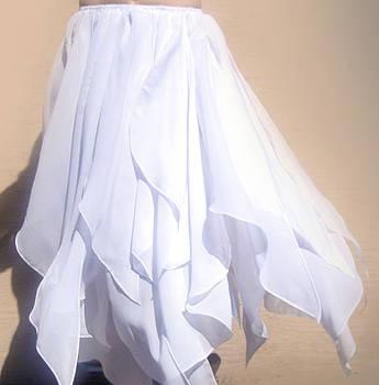 Sofia Metal Queen - White Swan style skirt.... Ameynra petal skirt line
