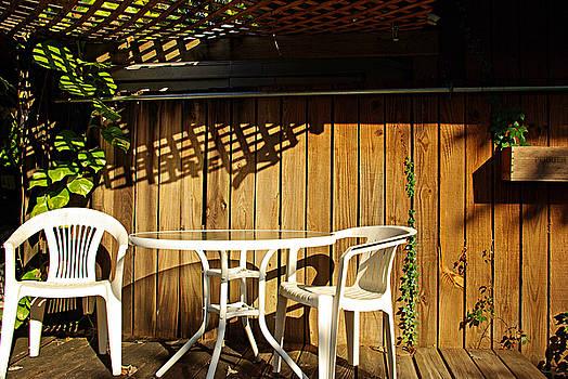 White table with chairs by Zalman Latzkovich
