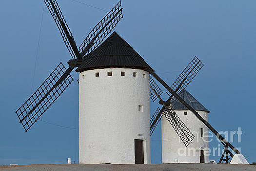 Heiko Koehrer-Wagner - White Windmills