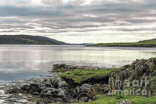Whiteness Voe Shetland by Lynn Bolt