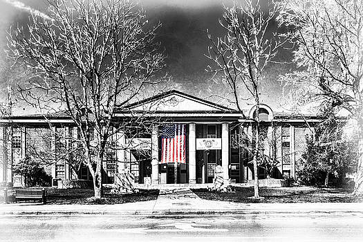 Sharon Popek - Whitley County Courthouse Flag