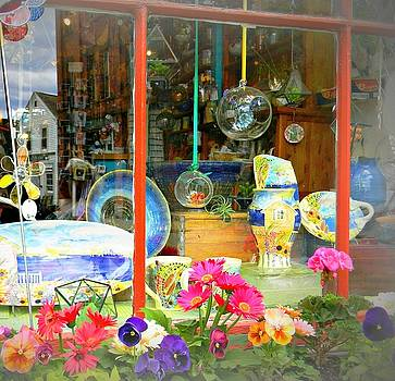 Wickford Window by Diane Valliere