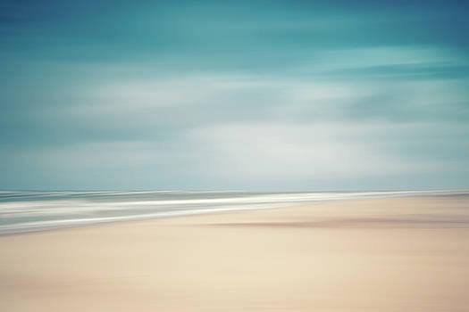Wide Beach by Holger Nimtz