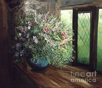 Wild Bunch in a BayWindow by Lizzy Forrester
