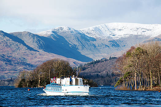 Windermere cruise by Susan Tinsley