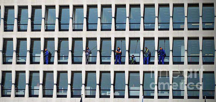 Jost Houk - Window Hang at ING