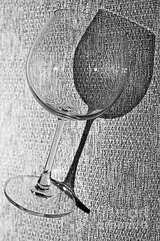 Wine glass by Pongsak Deethongngam