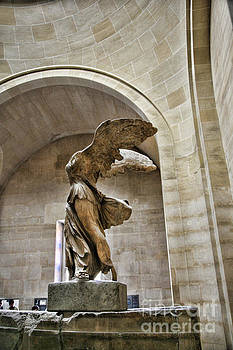 Chuck Kuhn - Winged Color Samothrace
