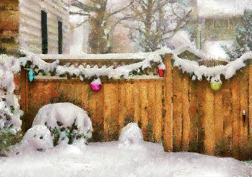 Mike Savad - Winter - Christmas - The Decorations are out